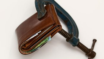 Пошаговая инструкция: как дать в долг и не остаться без денег